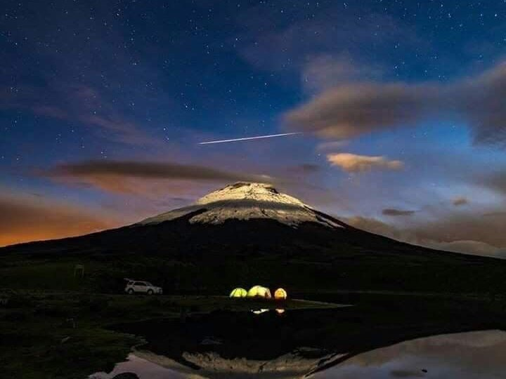 cotopaxi at night